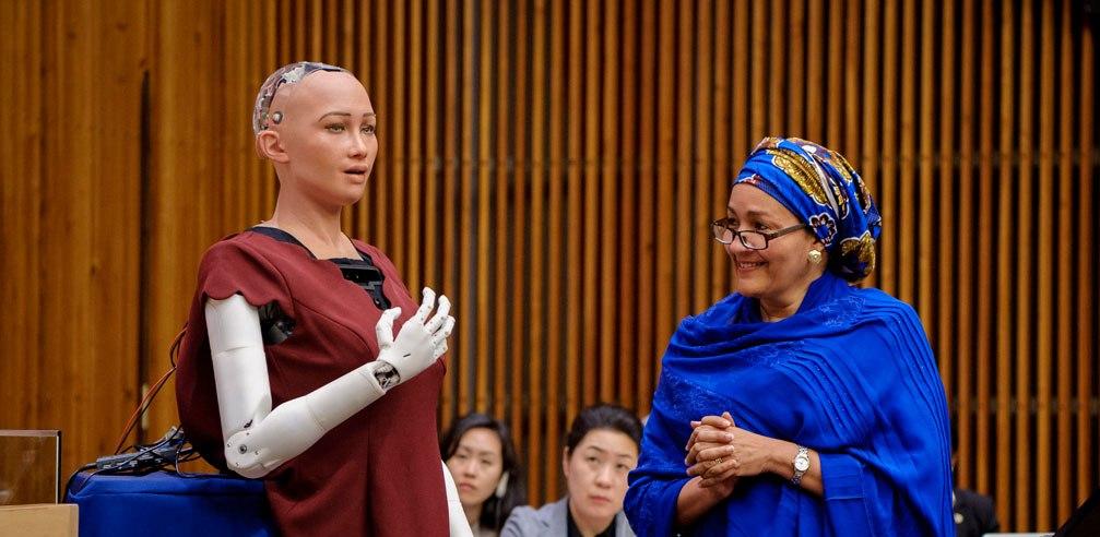 Las 5 cosas que debes conocer de Sophia el primer robot con ciudadanía