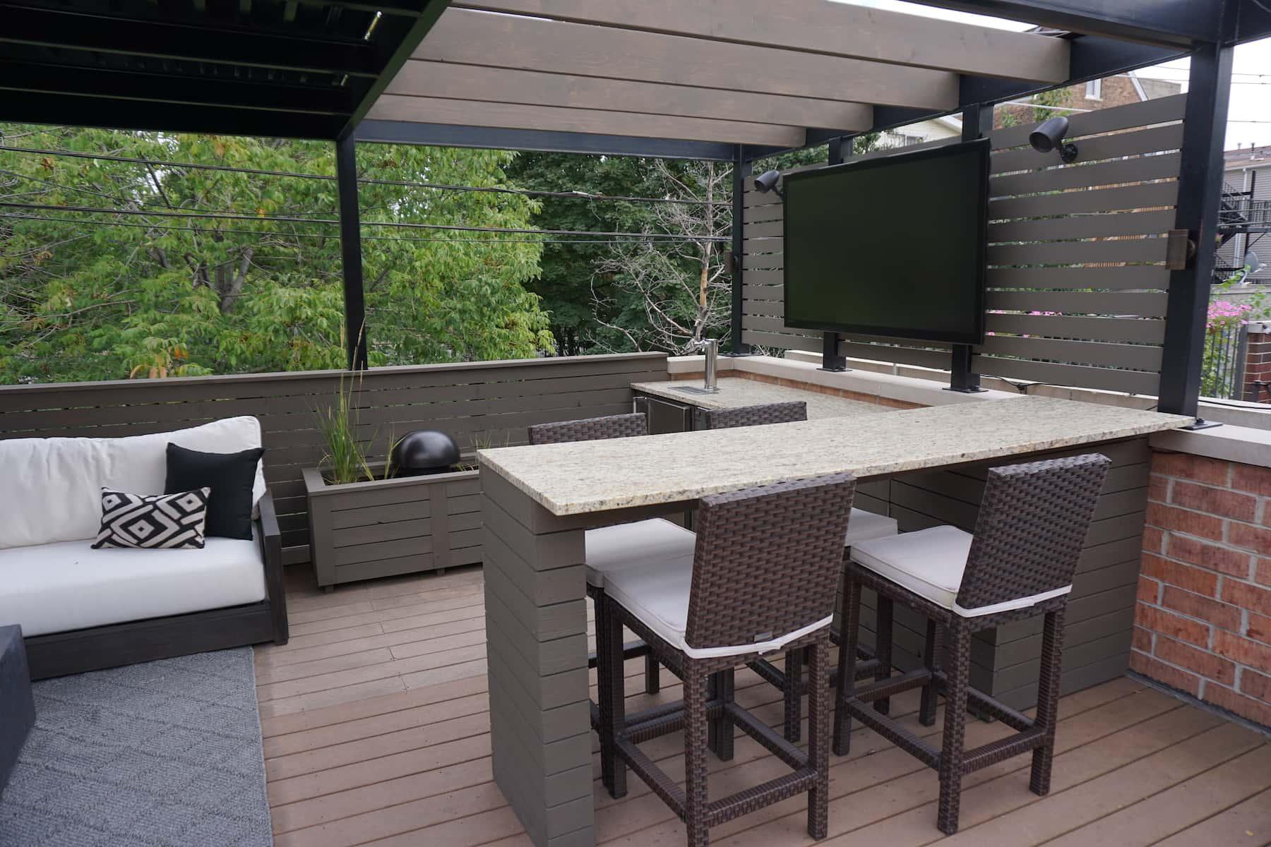 Rooftop Deck With Amenities Chicago Roof Decks