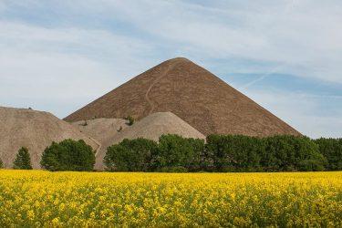 Mansfelder Halden Pyramiden Aufstieg Besteigung