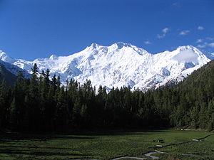300px-Nanga_parbat,_Pakistan_by_gul791