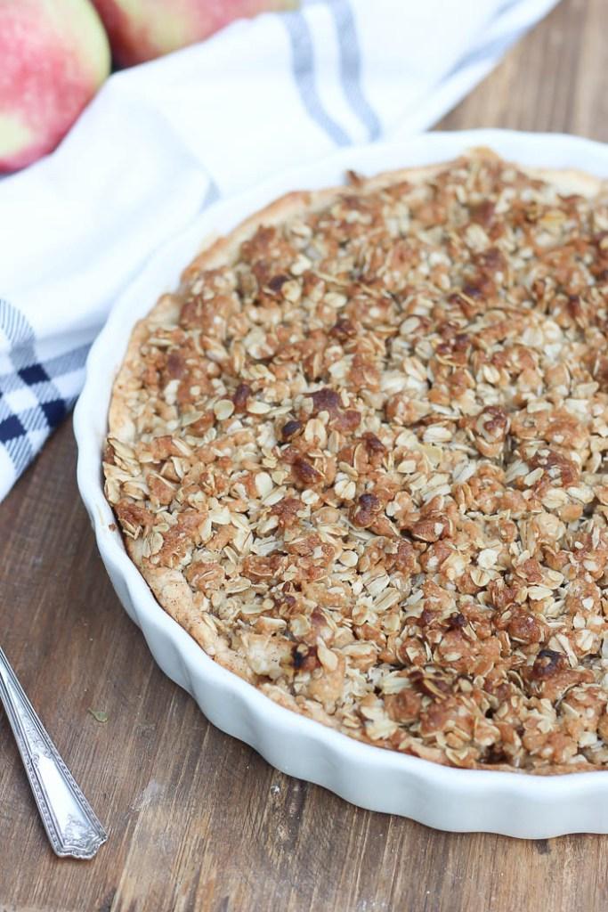 Fall Baking | Apple Prisp | Rooms FOR Rent Blog
