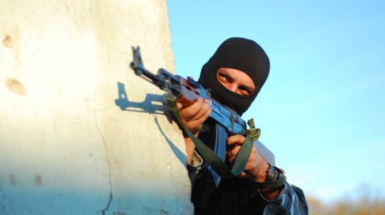 terrorist-with-mask-and-gun