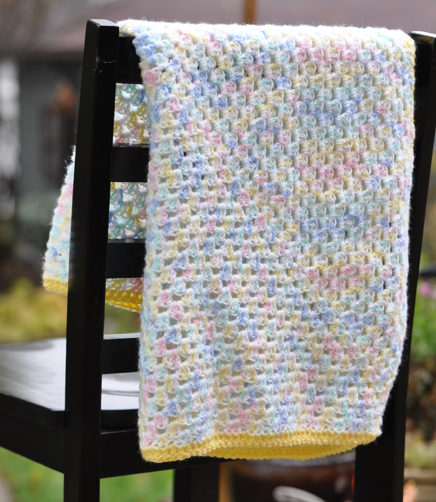 Crocheted Baby Blankets Crocheted Baby Blanket Yelllow Edge