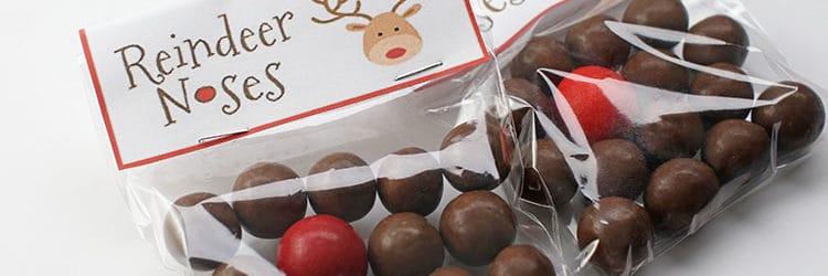 Reindeer Noses Treat Bags for Kids (Free Printable) - Rose Bakes