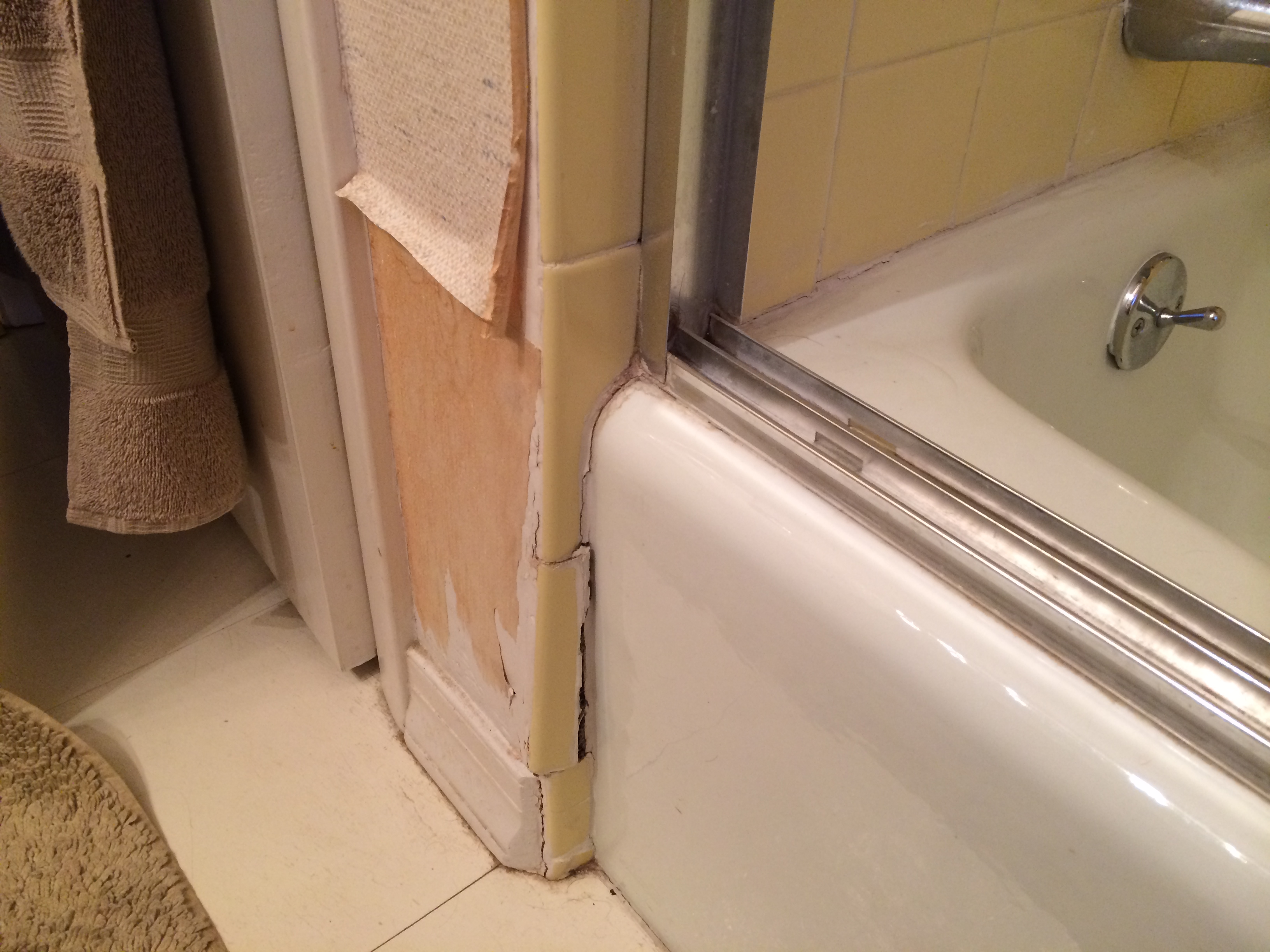 Repair Water Damage To Wall Near Bathtub Rose Creek Journey
