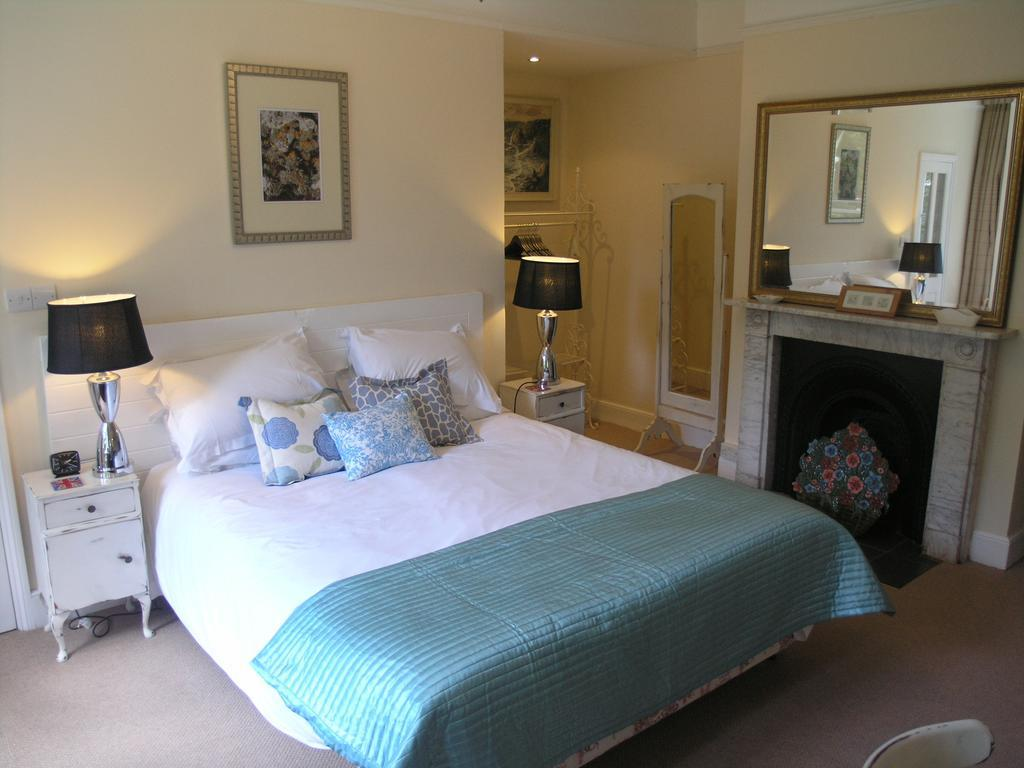 Bed And Breakfast Budleigh Salterton Rosehill Rooms Cookery B B Budleigh Salterton Budleigh