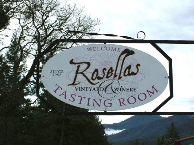 Rosellas Vineyard Winery - Wine Tasting-Sign
