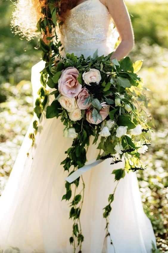 Lifestyle Blog Post Ideas 2018 20 Best Greenery Wedding Bouquets Roses Rings