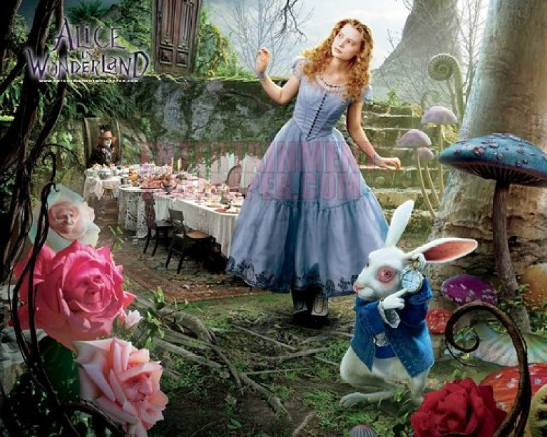 alice-in-wonderland-mad-hatter-johnny-depp-16948707-500-400