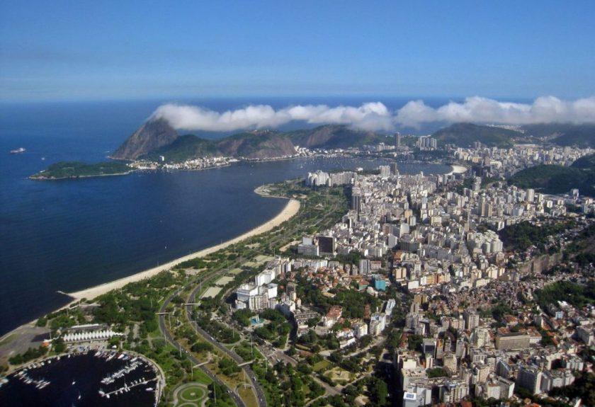 Foto aérea do aterro do Flamengo. fonte:winkpedia
