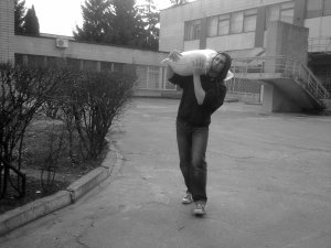 Sandbag Shoulder Carry