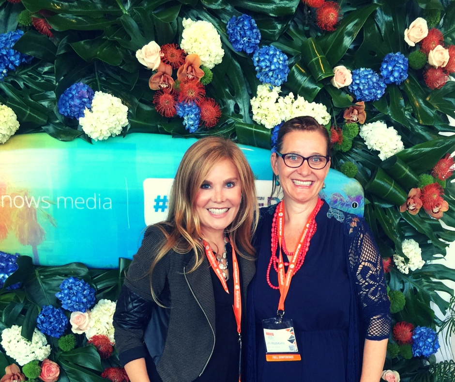 Doin' the blogger thang at Blogher16 with bloggy superstar Jill from Ripped Jeans and Bifocals.