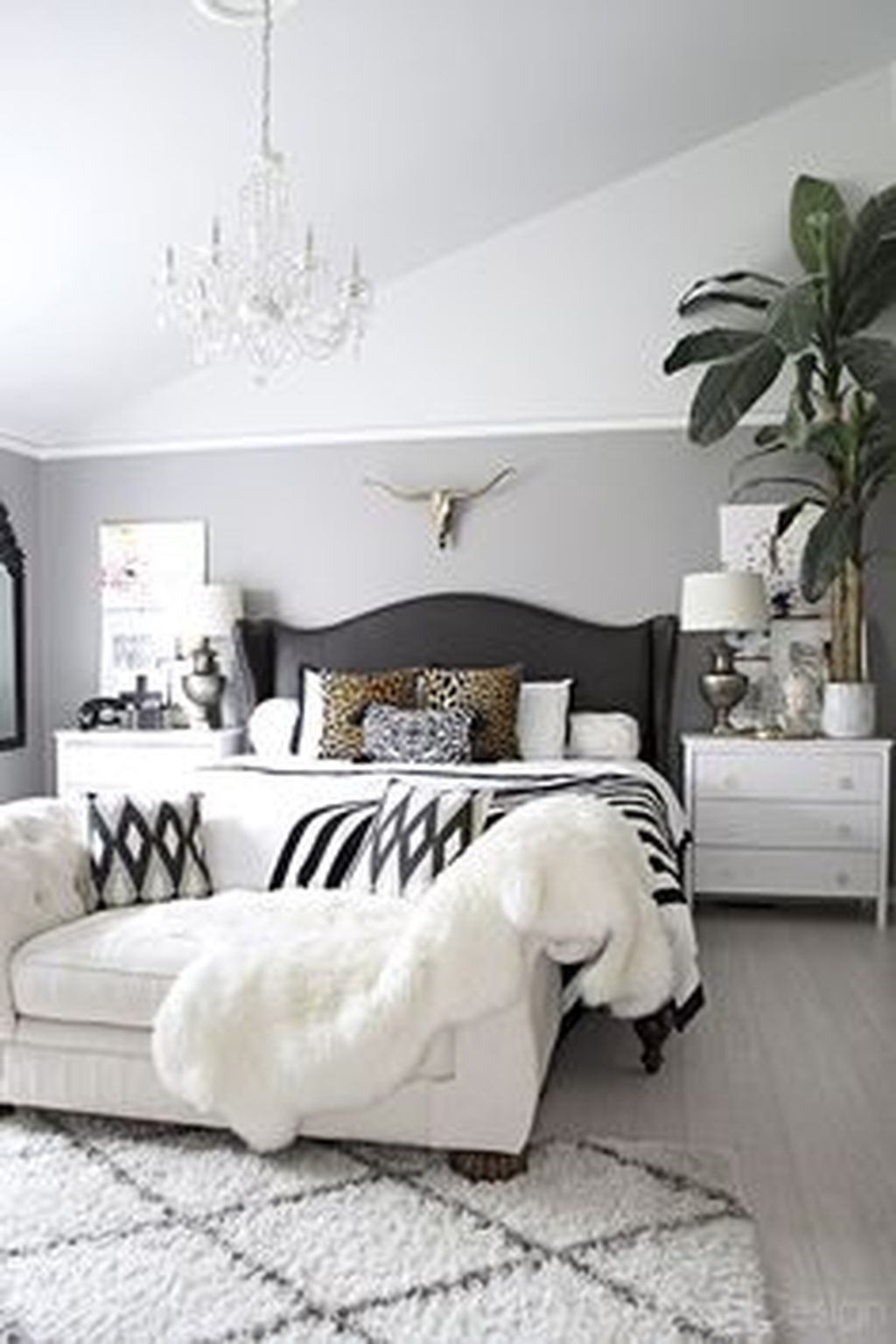 Black And White Bedroom Ideas 63 Best Stylish Black And White Bedroom Ideas Roundecor