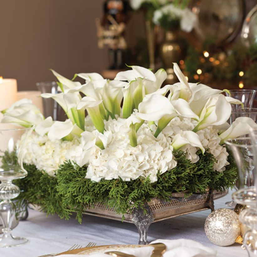 46 Totally Adorable White Christmas Floral Centerpieces Ideas - christmas floral decorations