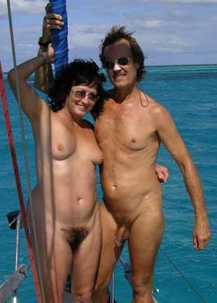 anchorwoman panty shot