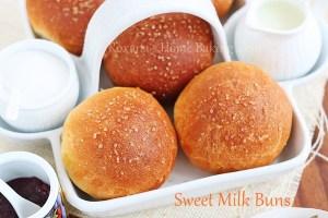 evaporated milk sweet buns   Roxanashomebaking.com