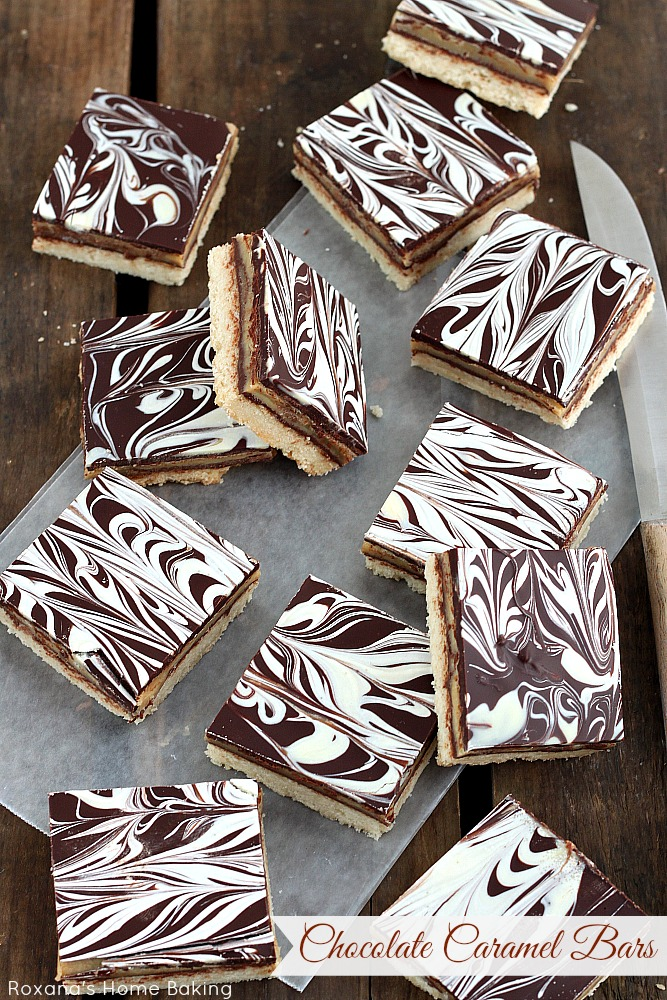 Chocolate caramel shortbread cookie bars recipe from Roxanashomebaking.com