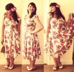 Roxy Vintage Style Collectif Dolores Pink Hibiscus Swing Dress