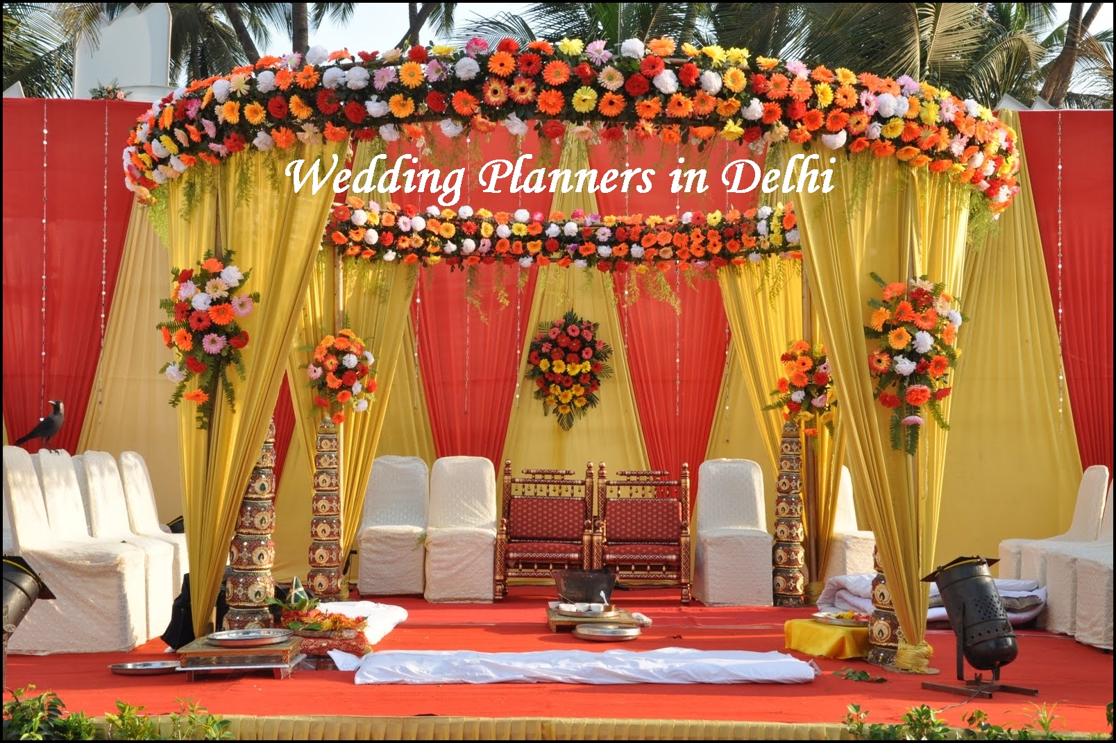 Traditional Gifts For New Homeowners Royal Wedding Planners In India Indian Wedding Packages