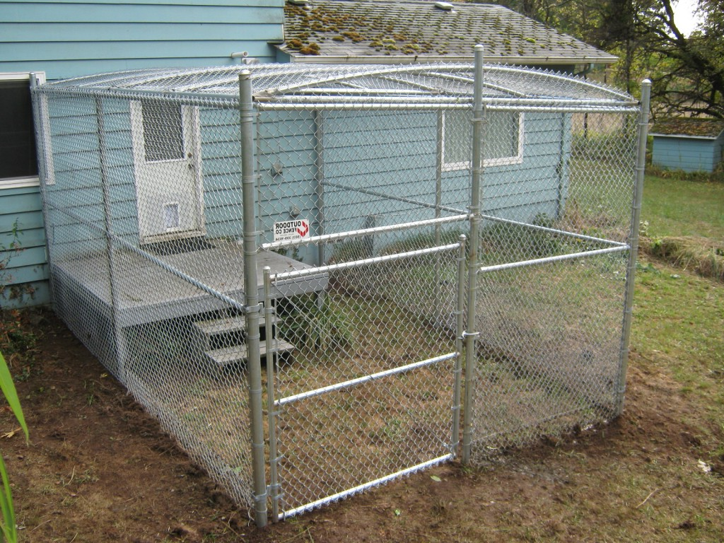 Dog Run Ideas Cheap Fence Ideas For Dogs In Diy Reusable And Portable