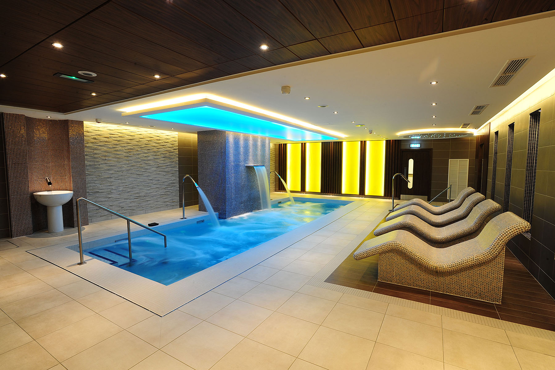 Salon Architecture Antrim Forum Spa Rpp Architects Ltd Belfast