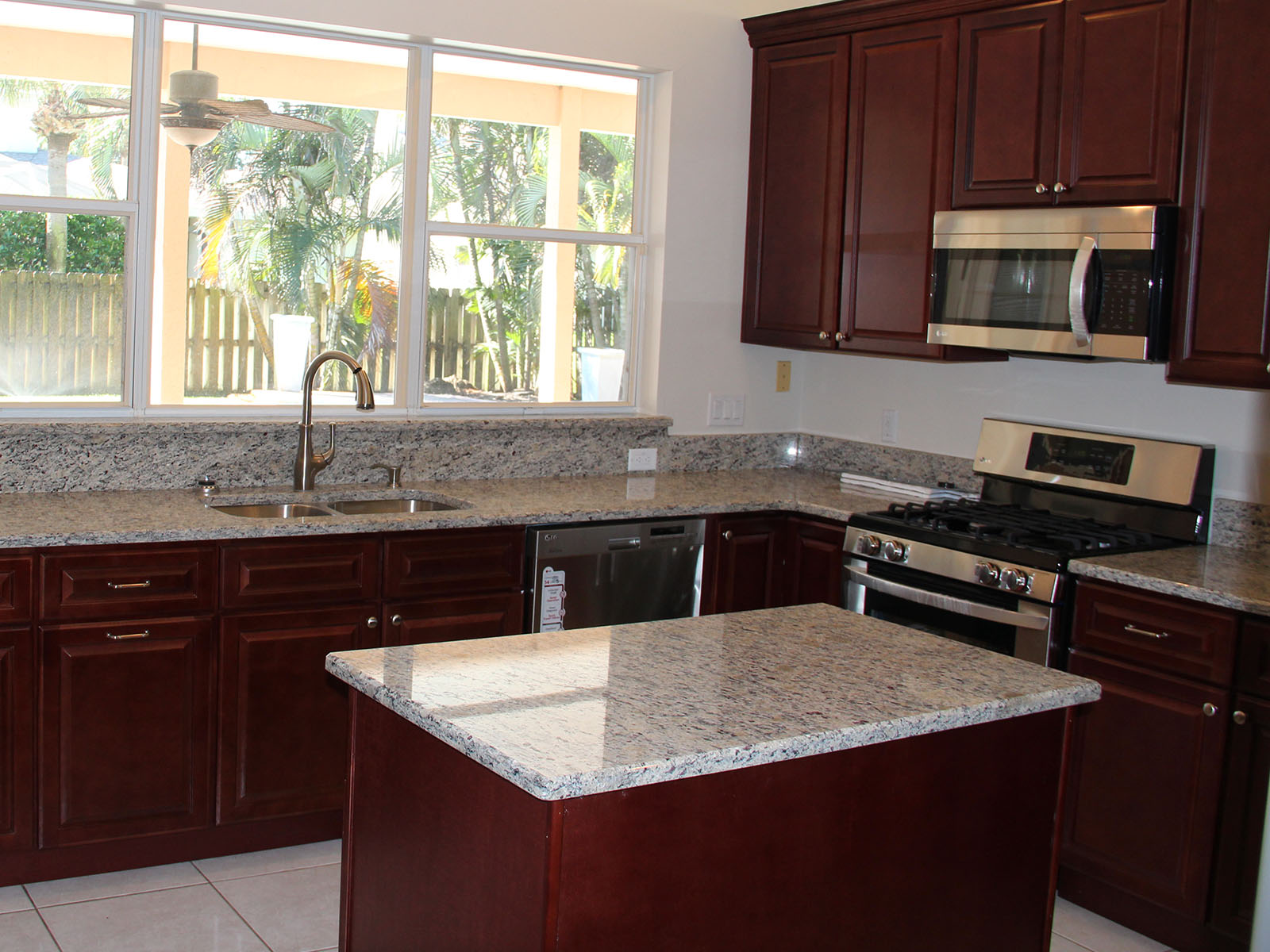 Kitchen Countertop Cabinets Kitchen Countertops Cabinets And Baths Sales And Installation In