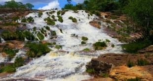 cachoeiraolhosdagua