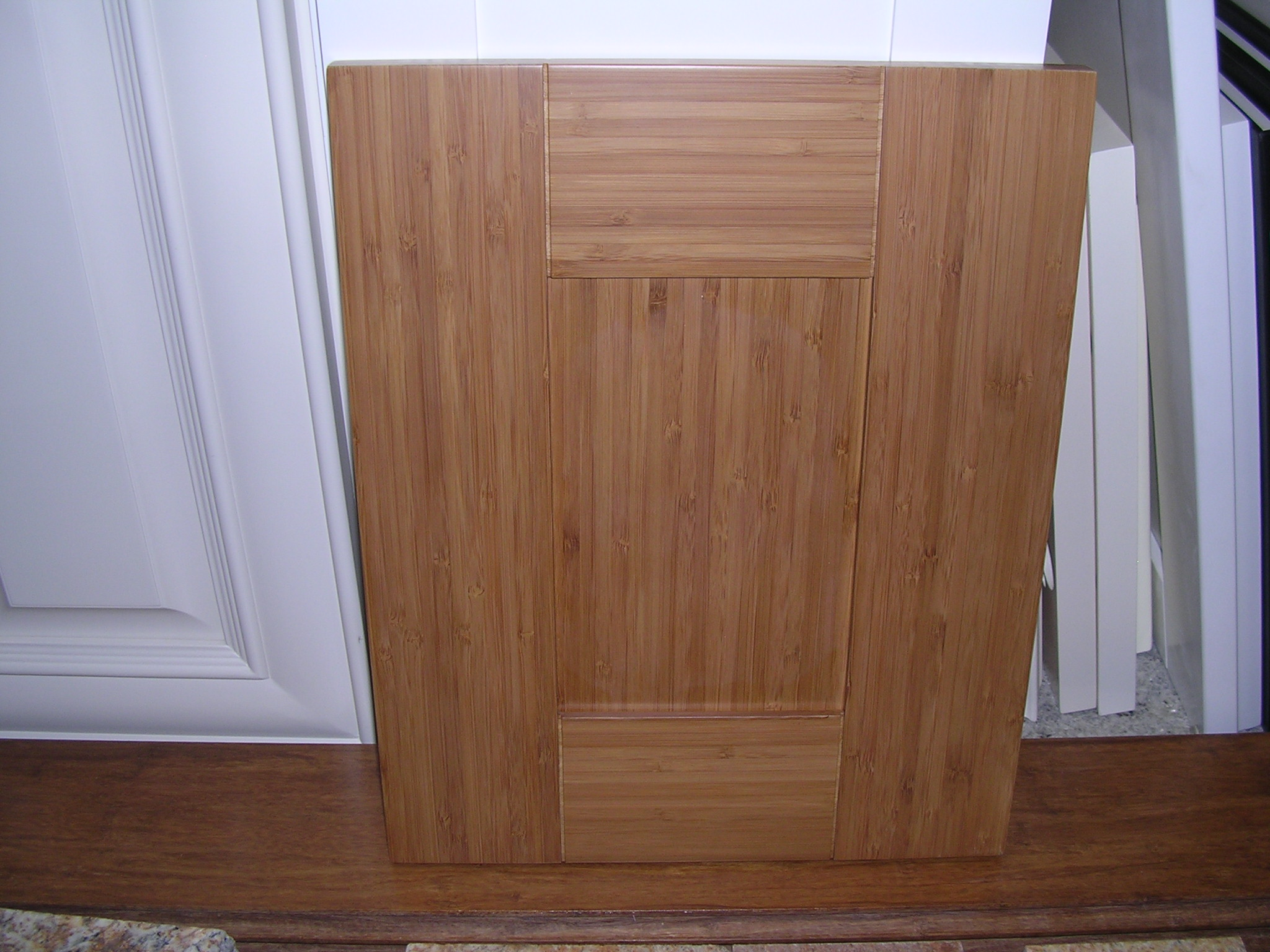 4P CONTEMPORAY bamboo kitchen cabinets Model 4P Bamboo Shaker door Kitchen Cabinets Photo Album