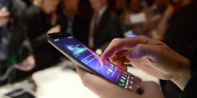 «Самобронщики» стали чаще покупать авиабилеты через смартфон