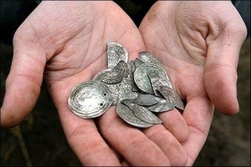 Серебрянные монеты викингов