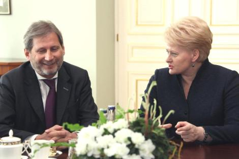 Президент Литовской Республики Даля Грибаускайте и комиссар Европейской комиссии по вопросам региональной политики Йоханнес Хан   Фото: Пресс-служба Президента Литвы