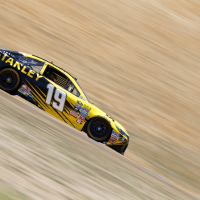 Carl Edwards Snatches First Sonoma Pole