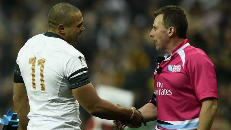 Nigel Owens, Matt Giteau & Bryan Habana Share Brilliant Moment On Twitter