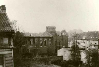 Die Synagoge in Rheydt nach dem Brand im Jahre 1938. Foto: Stadtarchiv Mönchengladbach / Rheydt
