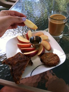 In accordance to Jewish traditions, I had apples & honey in hopes of a sweet new year with my afternoon snack