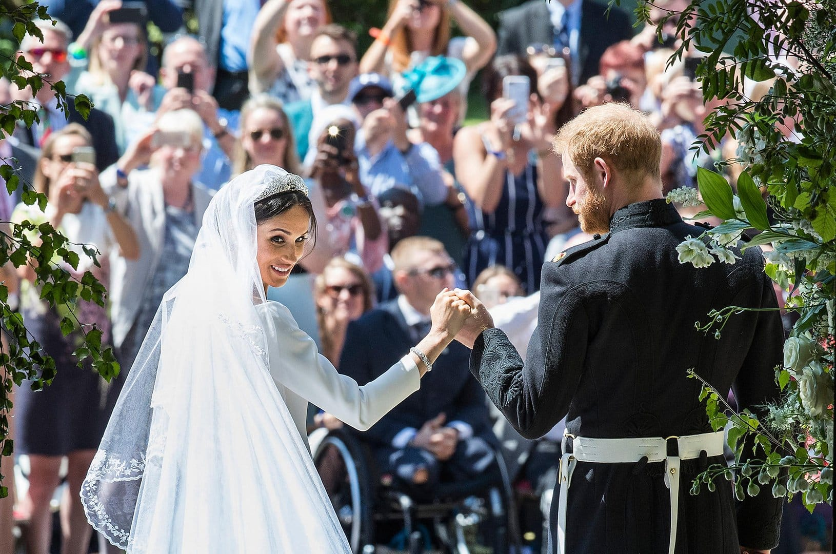 Hochzeitsstrauß Meghan Markle Meghan Markle Wedding Dress And Veil With Symbolism