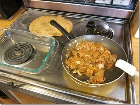 IMG 5379 800x600 thumb Mexican Meatless Monday–Easy Enchiladas