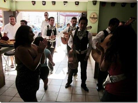 IMG 0720 800x600 thumb Papas and Beer Ensenada Mexico
