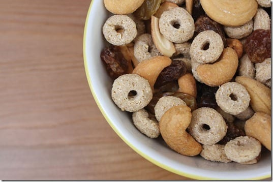 trail mix thumb Friday Foodies and February Goals