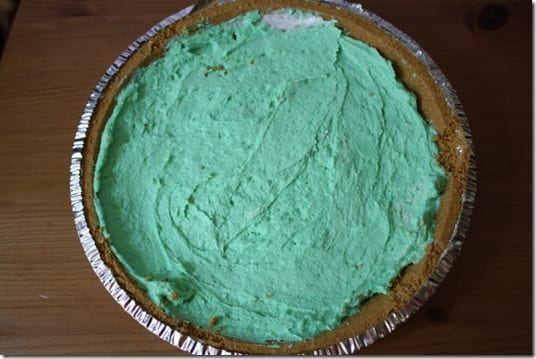 IMG 1529 640x427 thumb Easy Mint n&rsquo; Chip Pie Recipe