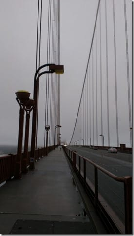 IMAG0995 451x800 thumb How to Run Across the Golden Gate Bridge