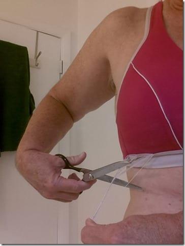 ruths sports bra is dying 600x800 thumb Running Fashion Don'ts   Brooks Running Gear Makeover