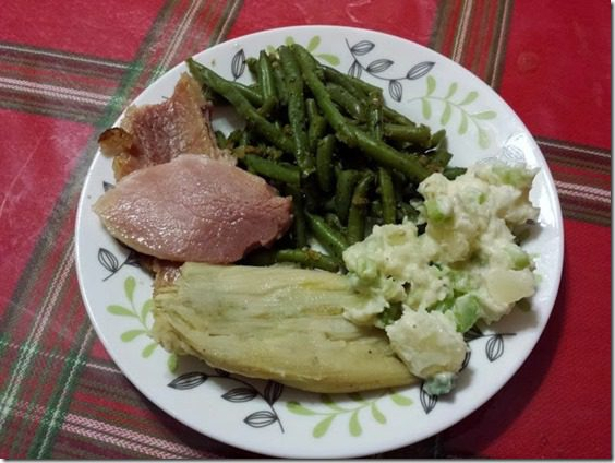 tamales and ham 668x501 thumb Black Eye Peas for New Years