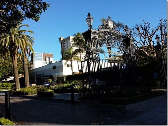 fairmont miramar hotel santa monica la marathon 800x600 thumb LA Marathon Outtakes and Asics Giveaway Winners