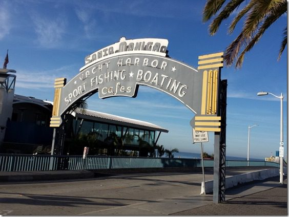 santa monica pier sign blog 800x600 thumb Running In Santa Monica California