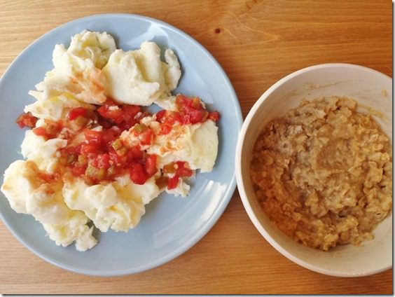 delicious healthy breakfast time 800x600 thumb Oats in a Jar is so 2013 Salad in a Jar is Now.