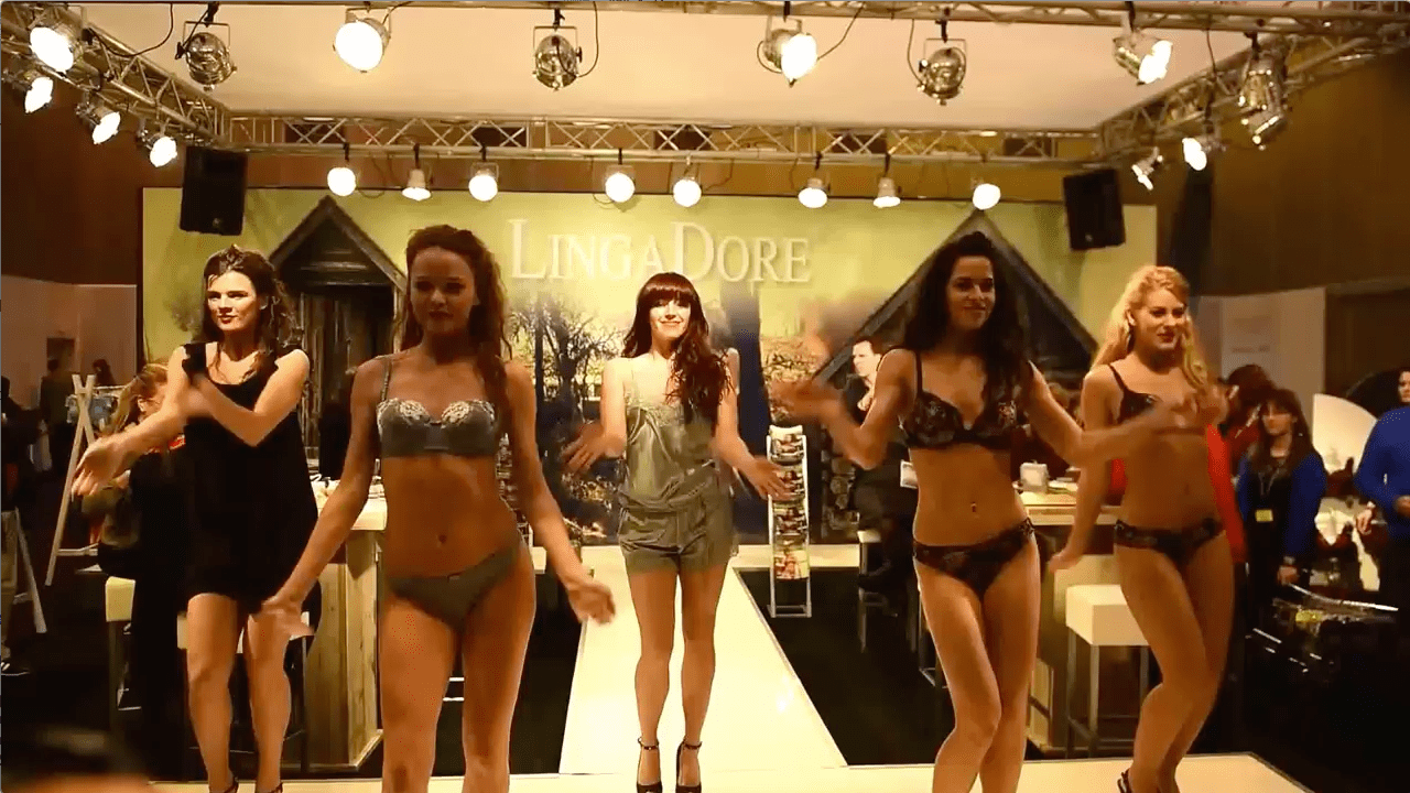 Salon De Lingerie Salon De La Lingerie Paris 2015 Linga Dore Runway Tv Runway