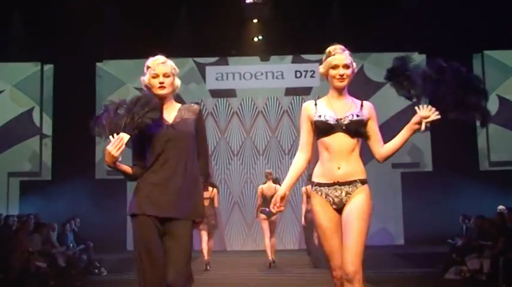 Salon De Lingerie Amoena At Salon International De La Lingerie Paris 2015 Runway