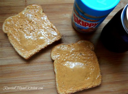 classic peanut butter jelly sandwich not soggy1