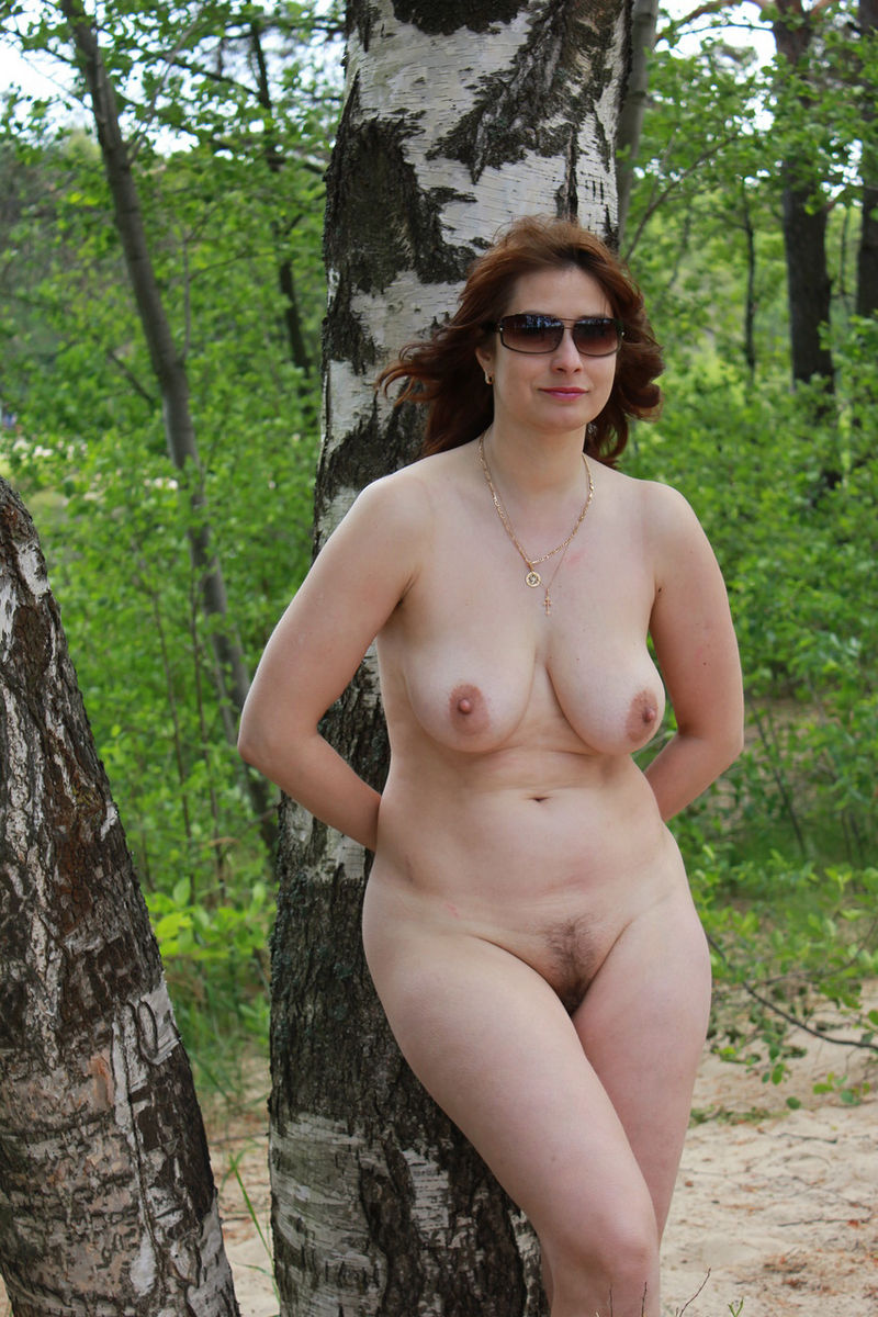 naked outdoor nudes